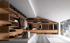meuble sous comble en bois, design intéressant, penderie ouverte, étagères, rangement chaussures et vêtements