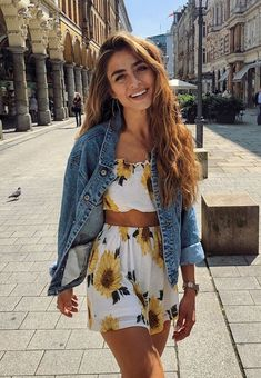 30 Most Interesting Outfits For This Season – Outfit Inspo – Summer Outfits Cute Summer Outfits, Spring Outfits, Trendy Outfits, Floral Outfits, Spring Clothes, Unique Outfits, Classy Outfits, Chic Outfits, Fashion Mode