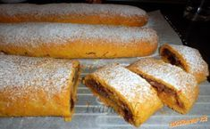 Mrkvový závin s jablky Hot Dog Buns, Hot Dogs, Dessert Recipes, Desserts, Food And Drink, Pie, Bread, Internet, Tailgate Desserts