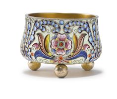 A Russian gilded silver and shaded enamel salt cellar, Fedor Rückert, Moscow, 1899-1908 | lot | Sotheby's
