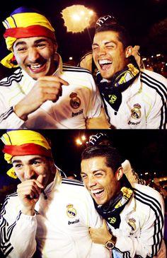 Benzema and Cristiano having wayyyy too much fun.