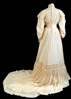 1905 - silk dress (back)