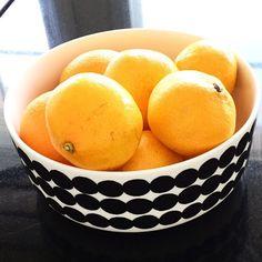A fruit a day keeps the Siirtolapuutarha bowl ____________. [fill in the blank] // #marimekko #marimekkohome #siirtolapuutarha #regram // @ihan_satua - you captured the perfect imperfection of fruit and we love it. Thanks for sharing. by marimekkodesignhouse