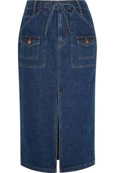 Top below visit denim-skirt attire design and style females are wearing this plummet. Denim Skirt Outfit Winter, Denim Maxi Dress, Pencil Skirt Outfits, Casual Skirt Outfits, Modern Hijab Fashion, Denim Fashion, Look Fashion, Madewell Denim, Classic Skirts