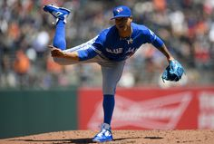 Marcus Stroman Photos - Marcus Stroman of the Toronto Blue Jays pitches against the San Francisco Giants in the bottom of the first inning at AT&T Park on May 2016 in San Francisco, California. - Toronto Blue Jays v San Francisco Giants Marcus Stroman, American League, Toronto Blue Jays, Go Blue, Seattle Mariners, San Francisco Giants, Sports News, Running, California