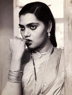 Silk Smitha Photos [HD]: Latest Images, Pictures, Stills of Silk Smitha - FilmiBeat Jaisalmer, Udaipur, Hello Movie, Silk Smitha, Indian Pictures, Recent Movies, Bedroom Eyes, Bollywood Actress Hot, Bollywood Cinema