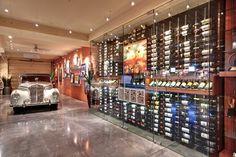 Wine cellar wet bars and butler pantry on pinterest for Garage wine cellar