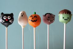 Halloween cake pops! I've seen the pumpkins but the others are so clever and CUTE!