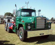 show trucks pictures | Truck Photos - 1969 Mack Flintstone at HCVAQ Truck Show 2009