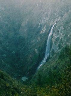 Salto del Agua Placilla, Valparaiso💚❤💙💛
