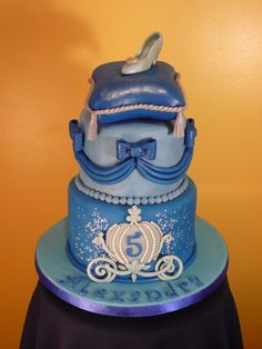 Cinderella cake, I like the bottom layer
