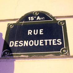 La rue Desnouettes  (Paris 15ème)
