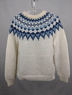 Hey, I found this really awesome Etsy listing at https://www.etsy.com/listing/564215638/hand-knitted-nordic-pattern-vintage