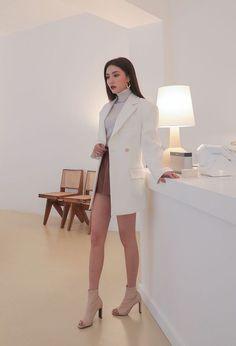 Korean Girl Fashion, Ulzzang Fashion, Korean Street Fashion, Kpop Fashion Outfits, Korean Outfits, Look Fashion, Asian Fashion Style, India Fashion, Japan Fashion
