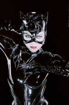 Catwoman Selina Kyle Michelle Pfeiffer from Batman Returns -Comicbook Tim Burton Film Superhero Movie Pop Art Poster Print Canvas Catwoman Cosplay, Cosplay Gatúbela, Michelle Pfeiffer, Batgirl, Batman Und Catwoman, Catwoman Suit, Catwoman Images, Original Catwoman, Supergirl