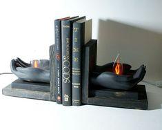 Feuer Flammen einzigartige Lampe Licht Holz seltsame Buch enden Nacht Licht Bücherregal Nightlight Bibliothek Regal Beleuchtung moderne Holding Buchstützen-Hände
