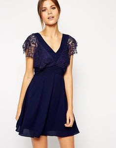 Elise+Ryan+Lace+Skater+Dress+With+Scallop+Sleeve+and+Low+Back