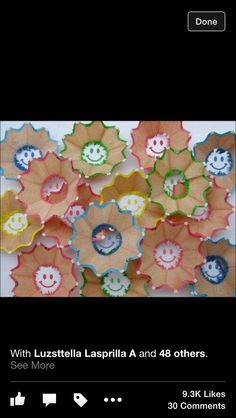 Smiley faces with pencil shavings Kids Crafts, Arts And Crafts, Learning Organization, Pencil Shavings, Acts Of Love, Colored Pencils, Free Food, Projects To Try, Crafty