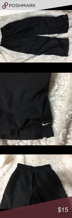 Nike Jogging Pants Size XSmall In excellent condition jogging pants. They are lined in the inside for weather protection. Nike Pants Sweatpants & Joggers
