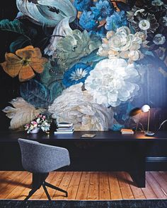 INTERIORS: From the new issue of Vogue Living, Architect Lucy Clemenger draws upon Prahran's verdant Victoria Gardens and its majestic plane trees for her parklands-inspired Melbourne home. Here, in the study, @droogdesign custom wallpaper featuring an enlarged detail of Coenraet Roepel's Still Life With Flowers (1721) from the Rijksmuseum. @reduxr O'lamp and @haydesign About a Chair AAC 21, both from @cultdesignau . Desk by @Lucy_Clemenger custom-designed to disappear into the space…