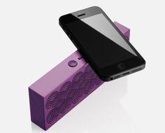 Jawbone's Mini Jambox: A tiny wireless speaker you'll take everywhere