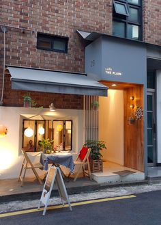 Interior Design For Bathroom Cafe Exterior, Interior And Exterior, Cafe Interior Design, Interior Architecture, Cozy Cafe Interior, Facade Design, Exterior Design, Brick Design, Design Food