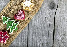 SzínezésUgyan jellemzően rettegünk az ételfestéktől, és hajlamosak vagyunk teljesen ártatlan alapanyagokra is a sátán műveként tekinteni, érdemes ezzel a lehetőséggel is élni. Ma már temérdek, az egészségre egyáltalán nem veszélyes ételfestéket vehetsz a megfelelő helyeken, és feldobhatod vele a mézeskalácsodat. Természetesen karácsonyi szezonban a piros és a zöld viszi a prímet, de nyugodtan használd a fantáziádat és akár a teljes színskálát. Marvel, Accessories, Ornament