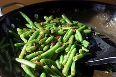Chinese Green Beans {Vegan} | veggieconverter.com