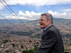 """Presidente de Alemania quedó sorprendido y feliz con lo vivido hoy. """"Hablaré mucho de Medellín"""" dijo Joachim Gauck"""
