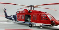 TRUMPETER 1:72 U.S.A UH-60A Black Hawk Fire helicopter model 37019 Static collection model
