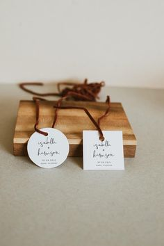 21 x WE TIED THE KNOT VINTAGE CREAM WEDDING FAVOUR LABELS PERSONALISED STICKERS
