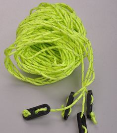 Material: Nylon Color:G reen, Red Size:4*4m.  Weight:0.05kg  Package Included: 4* Naturehike Tent Rope 4m