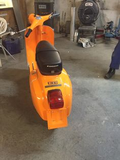 from back  (ET3) Vespa 125, Motorcycle, Motorcycles, Motorbikes, Choppers