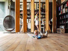 Curv8 modular wood flooring. Oak flooring with light oil finishing. www.bolefloor.com/curv8