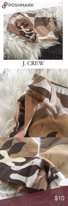 J. Crew Casual Cotton Brown Mod Print Mini Shorts J. Crew Casual Cotton Brown Mod Print Mini Shorts. 2.75 inch inseam. 8.5 inch rise. City Fit. You can see from the up close photos they have some signs of wear, but no major issues. Good condition. Feel free to make an offer or bundle & save! J. Crew Shorts