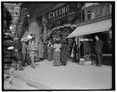 New York, N.Y., Saturday matinee, Casino Theatre. 1900-1910.