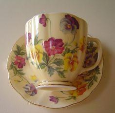 Teacup - Pansies ... Obsession