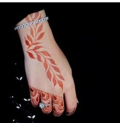 Mehndi Tattoo, Henna Mehndi, Henna Art, Mehendi, Hand Tattoos, Girl Tattoos, Cool Henna, Mendi Design, Heena Design