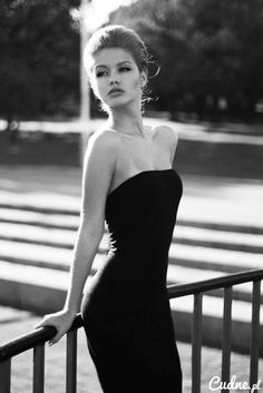 fashion photography black and white model glamour portrait beauty