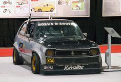 Honda's grassroots racing team Civic.