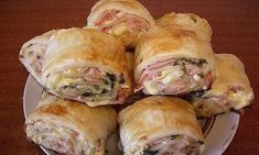 Strudel with ham and cheese Slovak Recipes, Czech Recipes, Russian Recipes, Ethnic Recipes, Cheese Recipes, Seafood Recipes, Chicken Recipes, Dinner Recipes, Food Network Recipes
