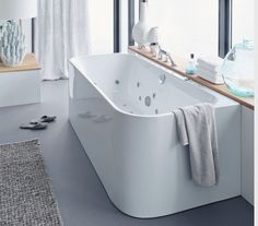 Duravit - Bathroom design series: Happy D. - washbasins, toilets, bidets, tubs and bath room furniture from Duravit.