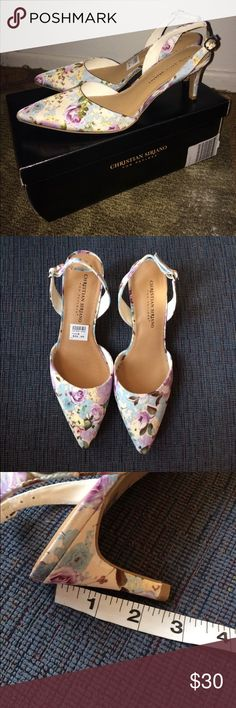 Floral Sling Back Heels NEW WITH TAGS/BOX! Sling back floral heels. Never worn. Size 8! Feel free to ask questions! I ship same day!! Christian Siriano Shoes Heels