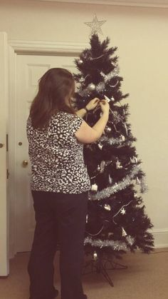 Putting up the Christmas tree 2015 - 2