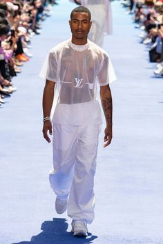 Playboi Carti, Steve Lacy And Several Musicians Walked Virgil Abloh's First Louis Vuitton Show Male Fashion Trends, Mens Fashion Week, Look Fashion, Fashion Show, Fashion Design, Paris Fashion, Fashion Kids, Runway Fashion, Fall Fashion