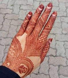 15 Beautiful Mehndi Designs for Special Occasions - Fazhion Finger Henna Designs, Simple Arabic Mehndi Designs, Stylish Mehndi Designs, Wedding Mehndi Designs, Latest Mehndi Designs, Mehndi Designs For Hands, Mehandi Designs, Simple Henna, Khafif Mehndi Design