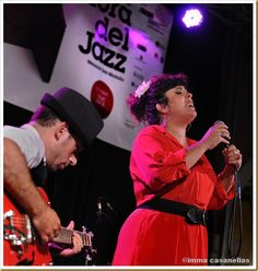 Guitarist Santi Careta & singer Celeste Alias performing at Plaça St Joan in Vilafranca Sept 16, 2012 #jazz #photo by Imma Casanellas