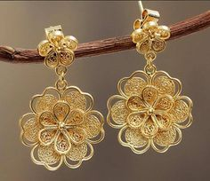 Nikita Jewellers Portfolio Gold Earrings Flowers For Bride Weddingnet Wedding India Indian Indianwedding Mehendi Ceremony