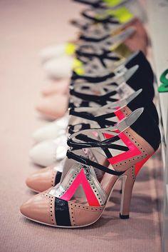 ✕ Shoes shoes shoes!