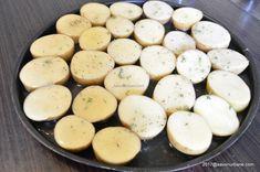 Cartofi prajiti la cuptor cu cimbru și mujdei | Savori Urbane Deserts, Dairy, Cheese, Food, Essen, Postres, Meals, Dessert, Yemek